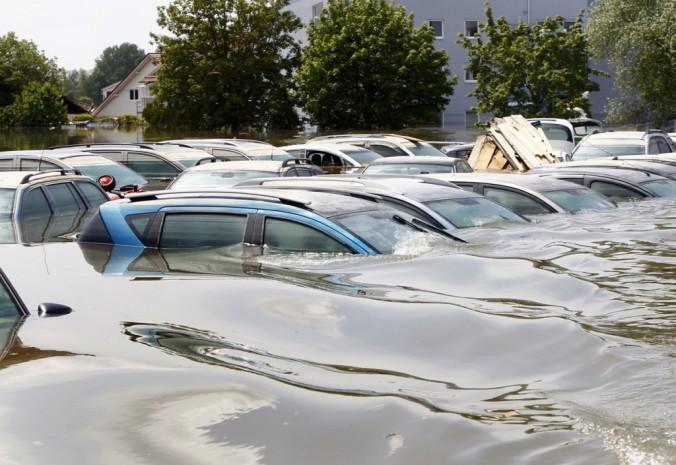 Identify-Flooded-Cars-1024x705.jpg
